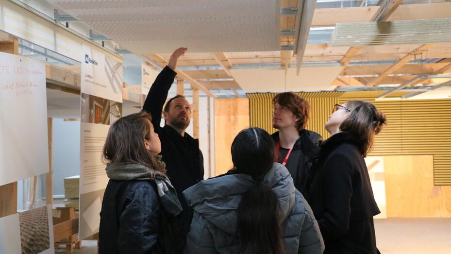 news illustration, kolding design school, designskolen kolding, students, jesper wolff, product design, presentation, study group, collaboration